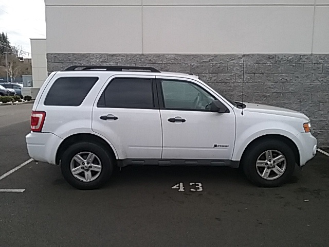 Pre-Owned 2010 Ford Escape Hybrid